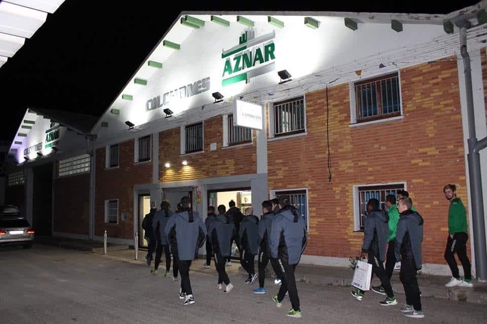 Club deportivo cuarte, visita a Colchones Aznar por Navidad.