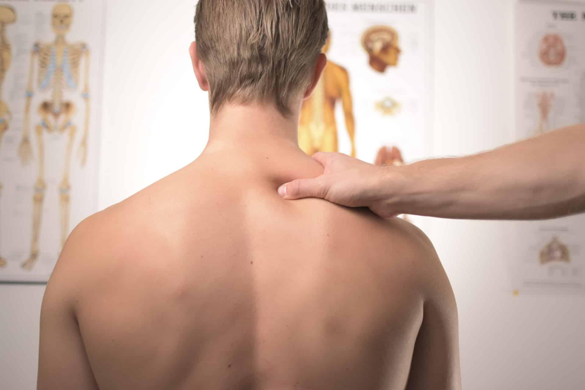 como aliviar el dolor de una hernia cervical