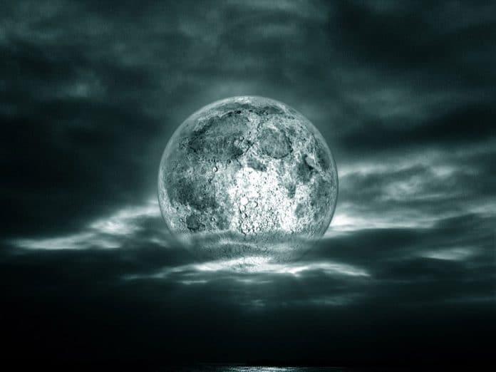 luna llena al sueño
