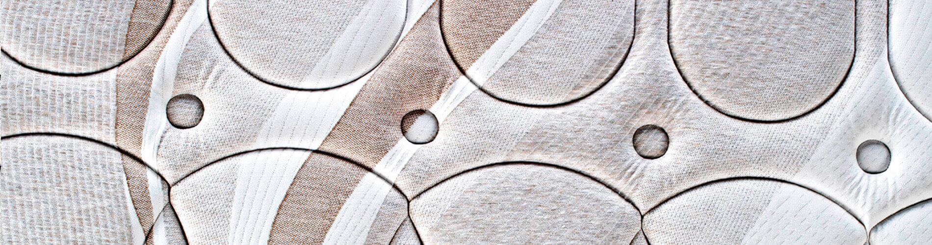 El colchón Enap con la nueva tecnología SmartPik de Pikolin, está compuesto por un núcleo de espuma Confortcel