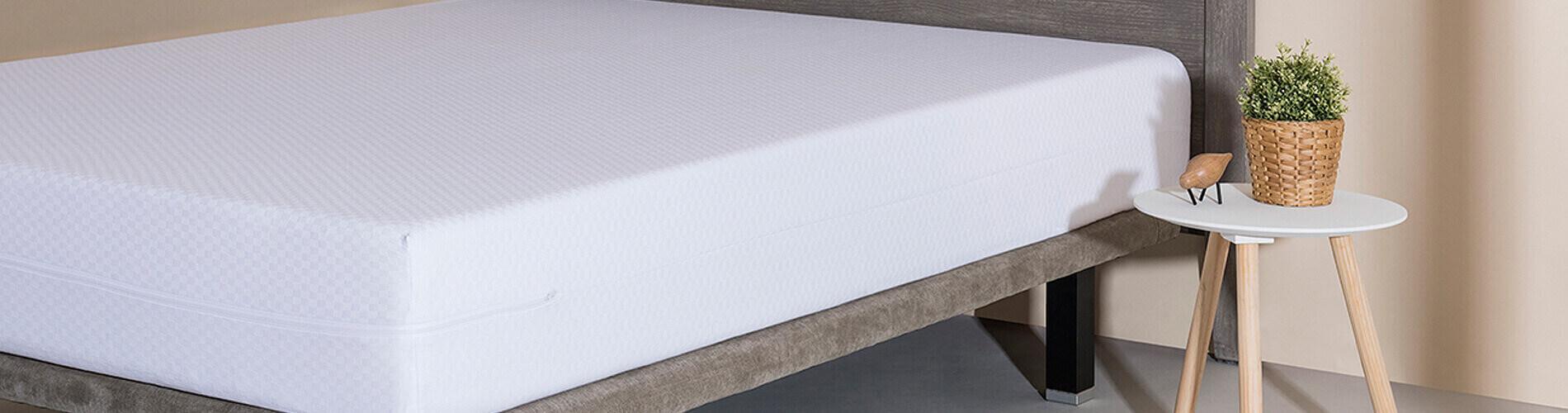 La Funda de colchón extensible Niza Velfont está confeccionada con algodón, que le proporciona gran elasticidad y adaptabilidad.